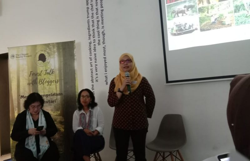 DR. Amanda Katili Niode, Manager Climate Reality Project Indonesia