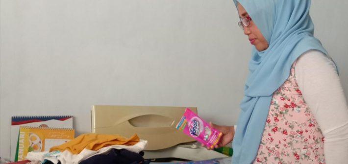 Pengalaman mencuci dengan Vanish Oxi Action